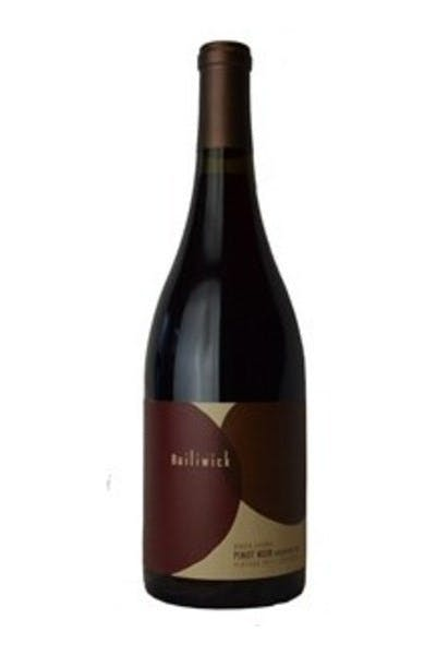 Bailiwick Borderline Pinot Noir 2011