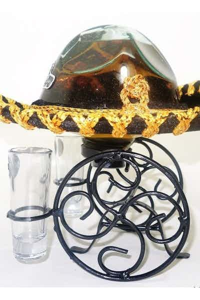 Mariachi Hat Reposado Tequila With 2 Shot Glasses
