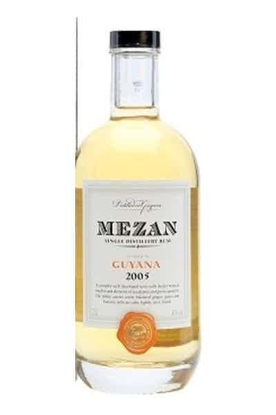Mezan Distiller In Guyana Rum 2005