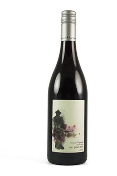 Sinnocent Pinot Noir