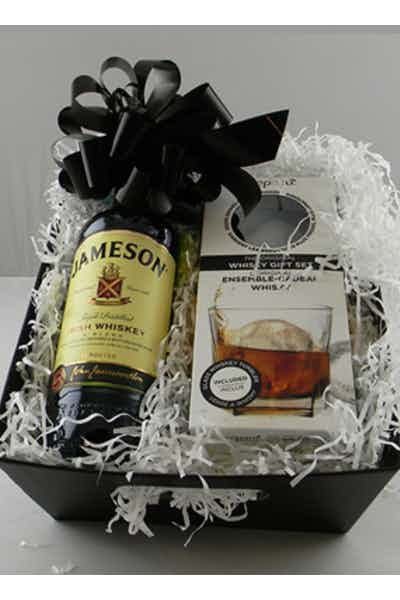 The Jameson On The Rocks Kit